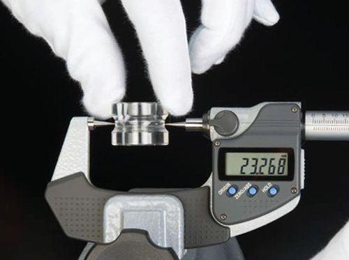Panme đo ngoài điện tử kiểu đầu nhọn series 342 Mitutoyo