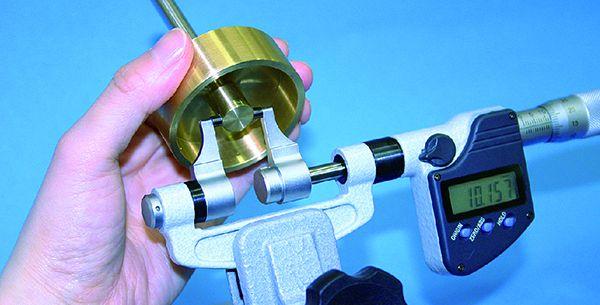 Panme điện tử đo ngoài kiểu thước cặp series 343 Mitutoyo