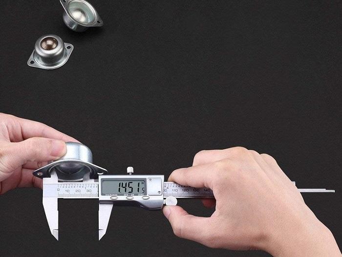 đo kích thước trong bằng thước cặp
