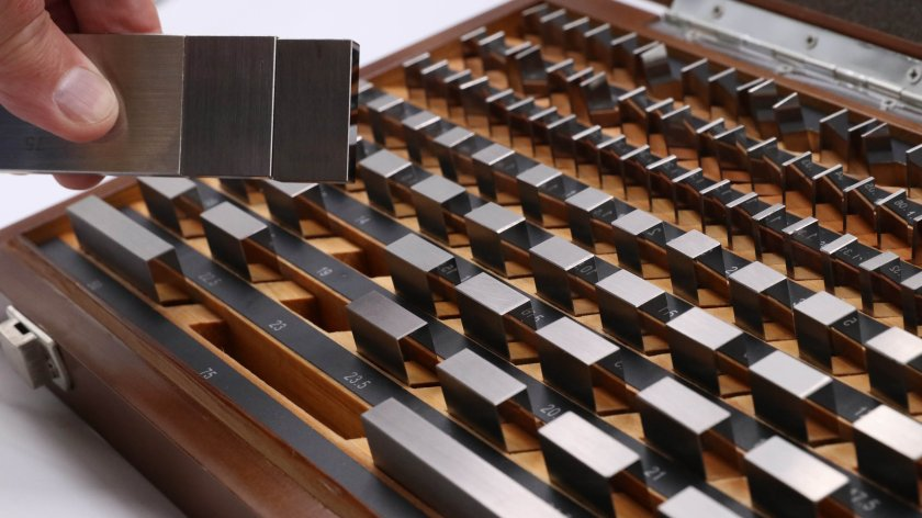 Căn mẫu là gì? Chọn căn mẫu bằng thép hay ceramic